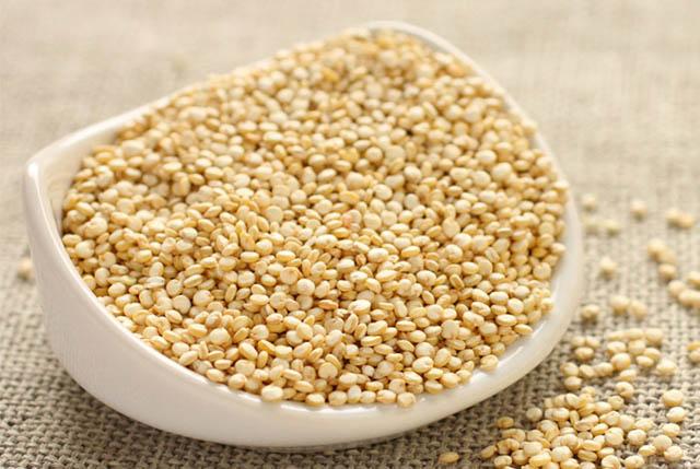quinoa con duoc goi la hat diem mach