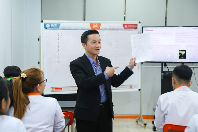 chia sẻ về mẫu CV chuẩn ngành NHKS