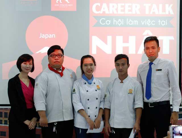 qua tang tai hoi thao career talk